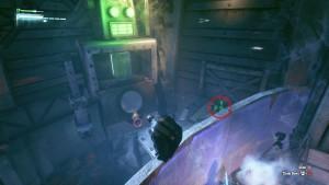 13. За стеной в Студии А, используйте Бэт-коготь чтобы открыть робота, затем стреляйте в ядро при помощи дистанционного электоразряда.