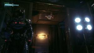 6. Спускаемся на уровень 5 заходим в комнату с головоломкой поворачиваем в шахту лифта направо, подымемся при помощи крюка вверх и видим паука.