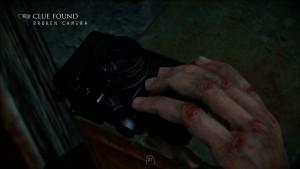 Сломанный фотоаппарат.