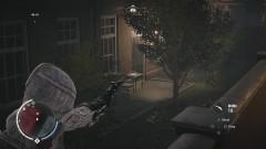 Письмо находится на столе, у одного из домов по правую руку