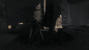 Возле входа в гробницу