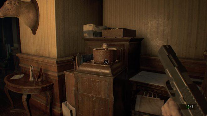 Resident evil 7 статуэтка г-на везде игровая комната